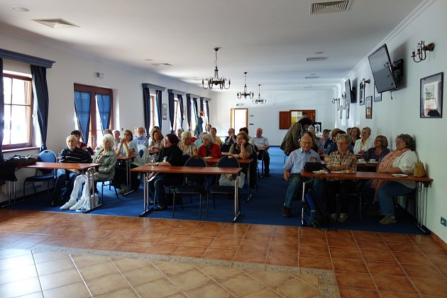 V konferenčním sále se setkali pracovníci z Kutné Hory i Mnichova.