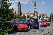 Sraz automobilů v Čáslavi.