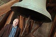 Kutnohorský zvoník Martin Vosáhlo rozeznívá svatobarborské zvony už více jak čtvrt století.