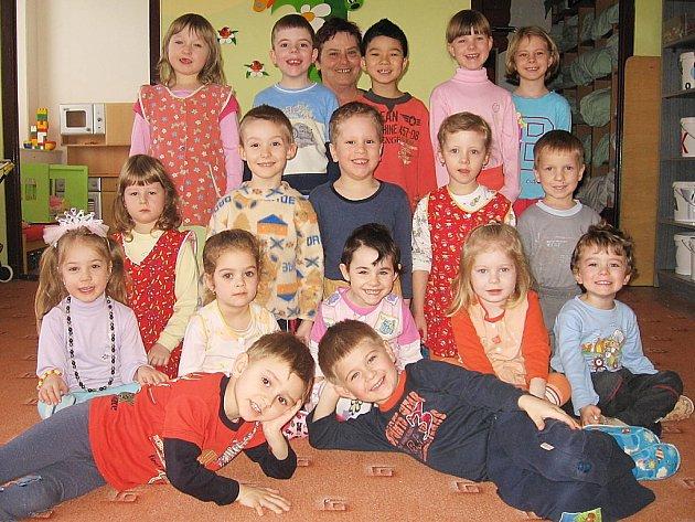Děti v čáslavské Mateřské škole v ulici R. Těsnohlídka, třída Zajíčci.