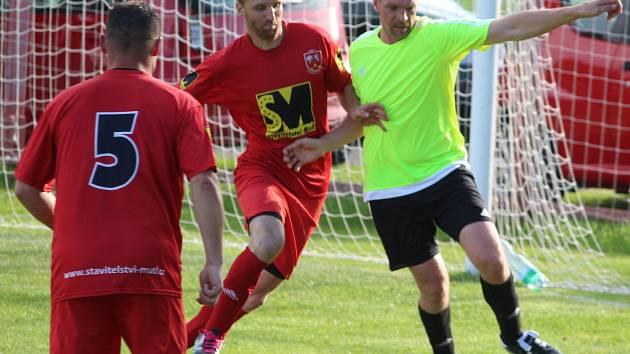 Letní liga Pivovaru Kutná Hora: TJ Rozvoj Křesetice - TJ Sokol Červené Janovice 1:11 (0:5).