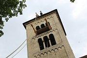 Vytahování zvonu v kostele sv. Jakuba v Jakubu