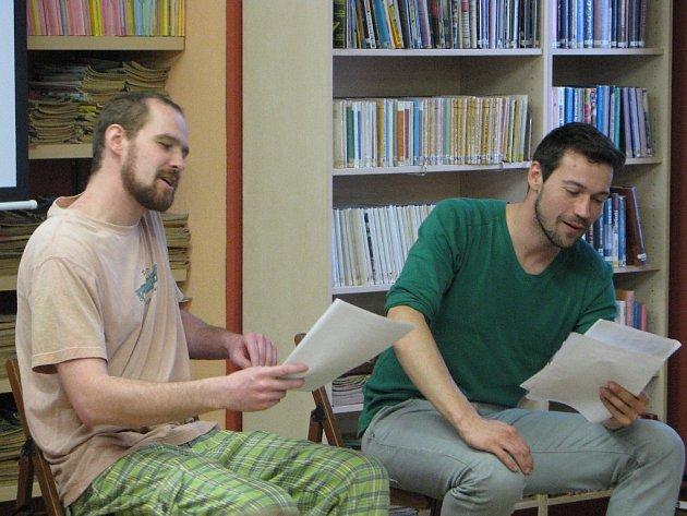 Listování s Lukášem Hejlíkem z pátku 23. března 2012