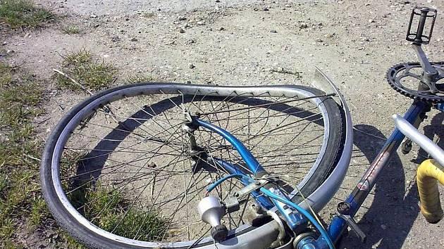 Nehoda cyklisty a automobilu na Kutnohorsku.