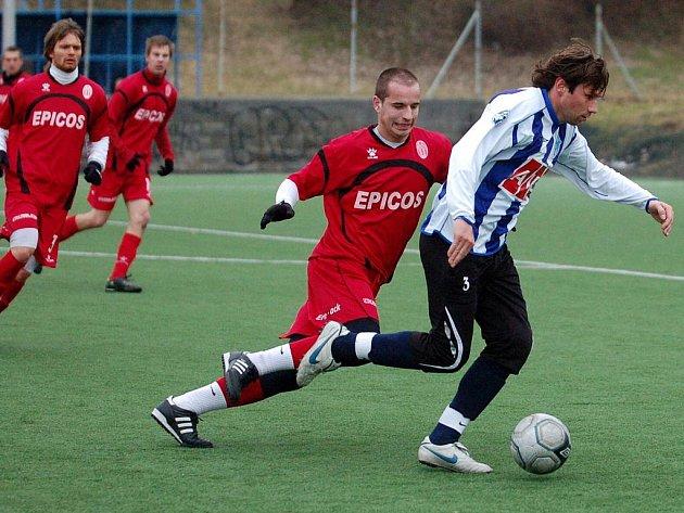 Z přípravného utkání Čáslav - Hlavice 7:1 (16. února 2011).