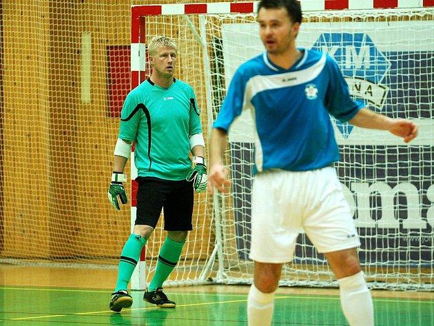 9. kolo Chance futsal ligy: Benago Zruč - Torf Pardubice 1:3, 2. prosince 2011.