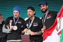 Na kutnohorském náměstí ocenili nejlepší borce sobotního závodu Spartan Race. Poté následoval start jedné z vln Spartan Charity.
