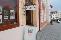 Výstava Hoří, má panenko připomíná 150. výročí založení hasičského spolku v Čáslavi.