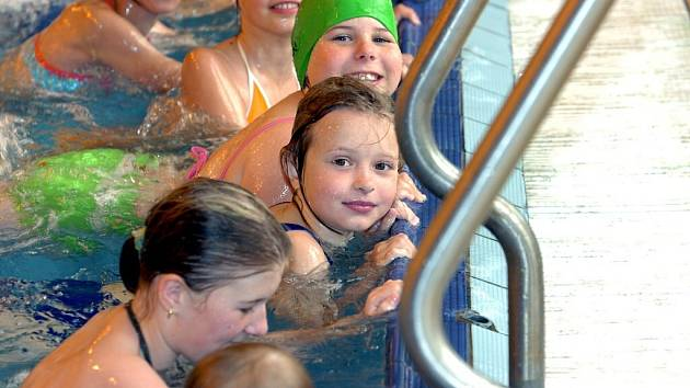 Zručští třeťáci v Kutnohorském plaveckém areálu