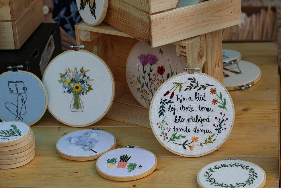 Z řemeslného trhu rukodělných výrobků v Kutné Hoře.