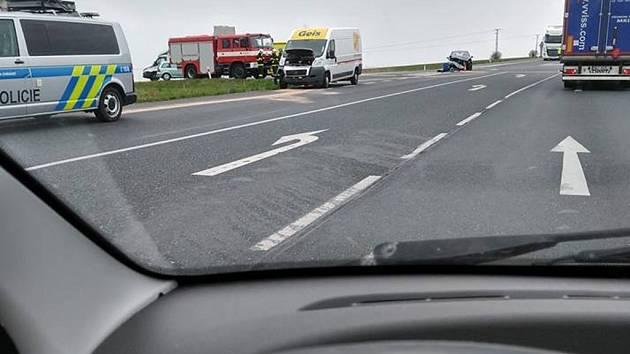 Dopravní nehoda na silnici I/38 na výjezdu od Kalabousku u Čáslavi.