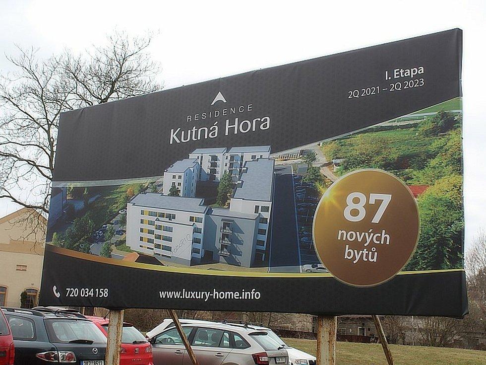 Ze zahájení výstavby bytů za bývalou čokoládovnou Lidka v Kutné Hoře.
