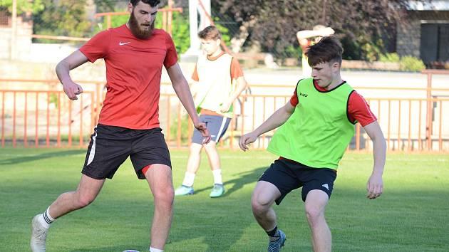 První trénink fotbalistů Sparty Kutná Hora po koronavirové pandemii proběhl v pondělí 18. května 2020.
