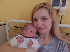 Ondřej Konečný se narodil 1. dubna vČáslavi. Vážil 3400 gramů a měřil 52 centimetrů. Doma v Hlízově ho přivítali maminka Denisa, tatínek Tomáš a bratr Vojta.