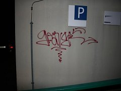 Práce vandala v Potoční ulici v Kutné Hoře