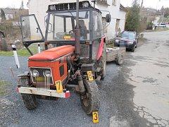 Traktor se střetl v Bohdanči s osobním automobilem