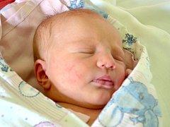 Veronika Blažejovská se narodila 29. dubna v Kolíně. Měřil 52 centimetrů a 3210 gramů. Maminka Jana a tatínek Ladislav si ji odvezli do Zruče nad Sázavou, kde se na ni těšila dvouletá Martinka.