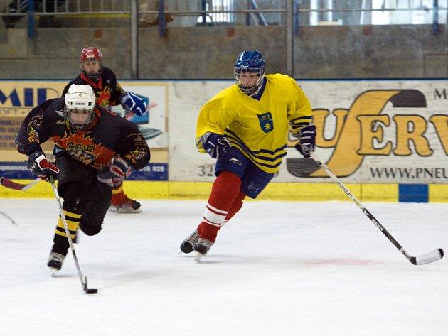 Hokej: Starší žáci K. Hora - Benešov 6:4, sobota 6. prosince 2008