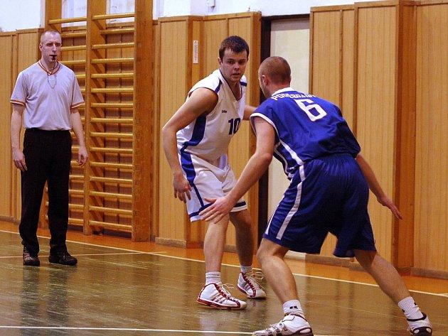 Víkendový dvojzápas kutnohorských basketbalistů s Českým Brodem a Poděbrady, 5. a 6. ledna 2013.
