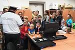 Děti z příměstského tábora na návštěvě Dopravního inspektorátu Policie ČR v Kutné Hoře