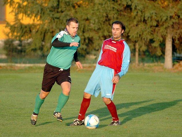 Fotbal, Hlízov - Nové Dvory B, IV. třída, sk. B, 8:1.