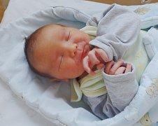 Mikuláš Marek se narodil 14. ledna v Čáslavi. Vážil 3600 gramů a měřil 51 centimetrů. Doma ve Svatém Mikuláši ho přivítali maminka Lucie, tatínek Tomáš a bratři Oliver a Sebastian