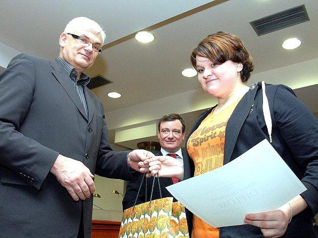 Marie Jelínková převzala ocenění.