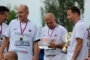Z pátého ročníku charitativního turnaje 'O pohár Generali pojišťovny' ve Zbraslavicích.