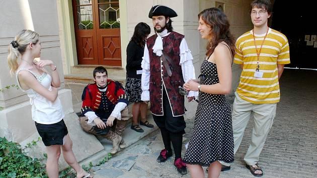 Ruští návštěvníci zámku Žleby
