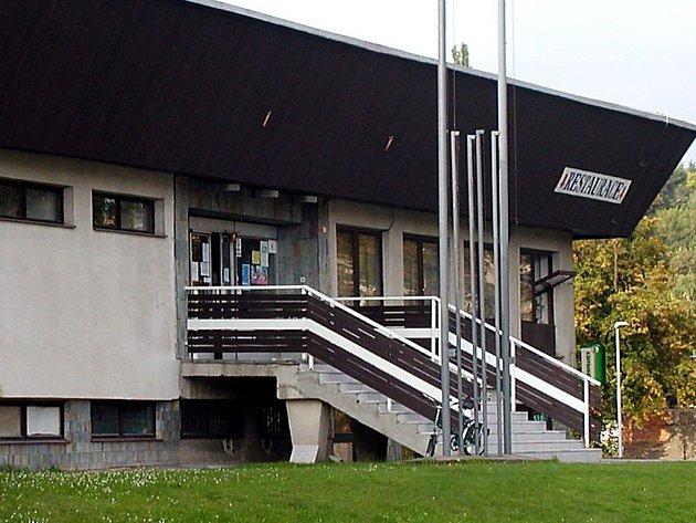 Plavecký stadion TJ Sparta.