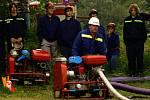 Soutěž hasičů v požárním útoku v Lomečku.