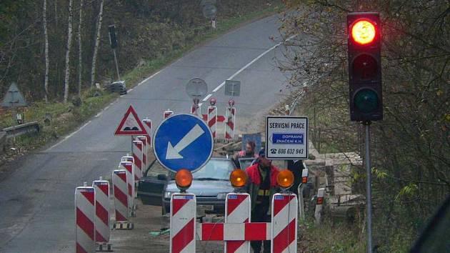 Mostek u Slavošova.