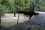 Zatopená část obce v létě roku 2002.