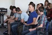 Soutěž nazvaná Houfek Box se na Vyšší odborné škole, Střední průmyslové škole a Obchodní akademii v Čáslavi uskutečnila ve čtvrtek 26. dubna již po třetí.