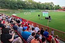 Velkoplošná projekce na fotbalovém stadionu Sparty Kutná Hora v Lorci.