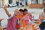 Z Rockového vítání prázdnin ve dvoře Měšťanského pivovaru v Kutné Hoře.