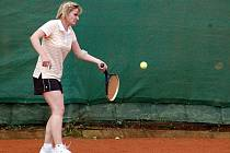 1. kolo tenisové III. třídy D: Kutná Hora D - Kutná Hora C, 1. května 2010.