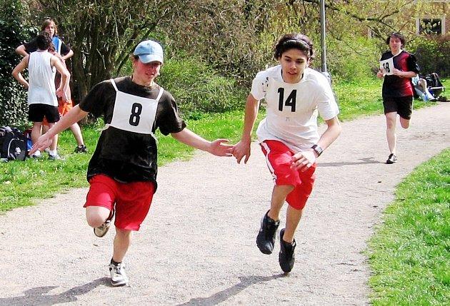 Účastníci VII. ročníku Plavecko-běžeckého poháru Středočeského kraje v Kutné Hoře
