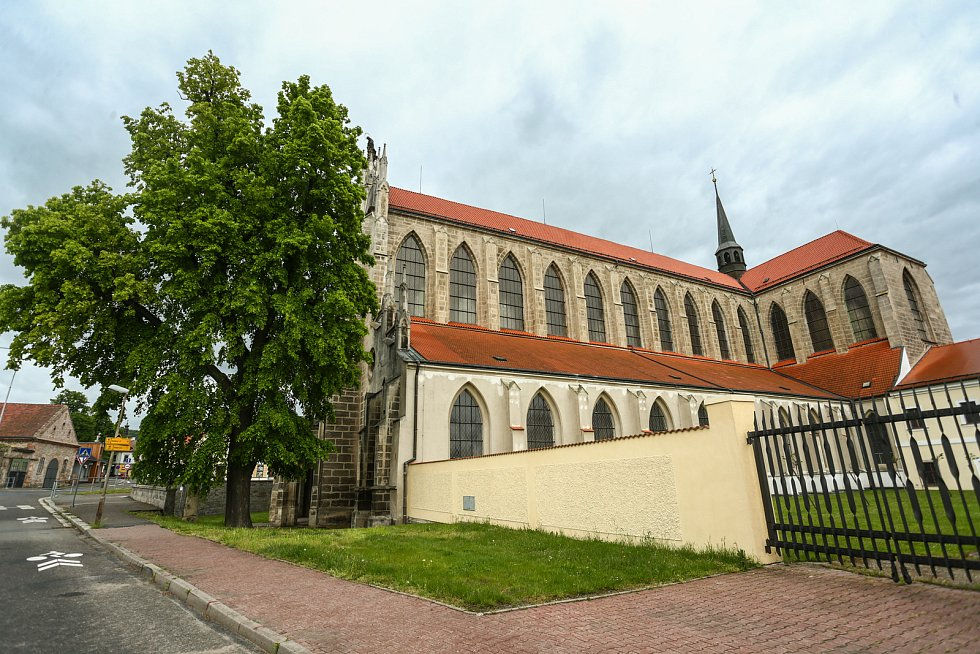 Kostel Nanebevzetí Panny Marie a svatého Jana Křtitele v Sedlci.