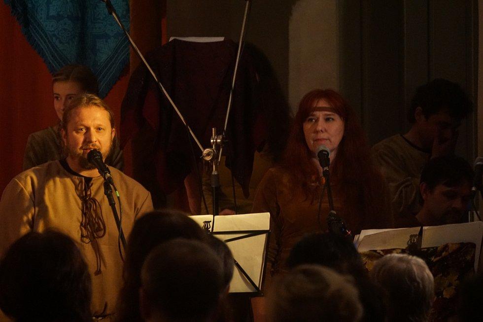 Představení Noc na Karlštejně v GASK 29. 10. 2016