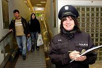 Policisté zjišťují, co si o nich lidé myslí