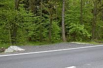 Hospodářský sjezd ze silnice II/126 mezi Zručí nad Sázavou a Zbraslavicemi.