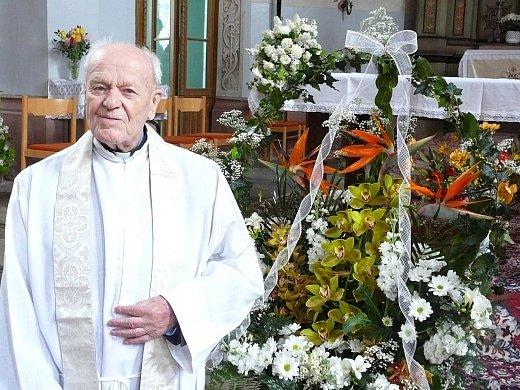 Čestínský farář Antonín Kubíček.