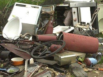 Sběrný dvůr shromáždí objemný, ale i nebezpečný odpad.