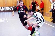Futsalisté Benaga Zruč nad Sázavou porazili  Balticfloru Teplice 8:6.