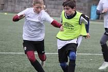 Fotbalová zimní příprava ligových mladších žáků U12: FK Čáslav - AC Sparta Praha dívky 2:8.