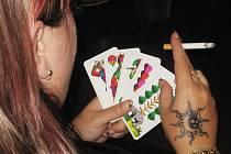 Ze sedmého karetního turnaje v Prší v kutnohorské restauraci a vinárně U France Josefa.