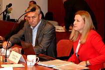 Josef Viktora (ANO), starosta Kutné Hory, a Silvia Doušová (STAN – Šance pro Kutnou Horu), místostarostka Kutné Hory.