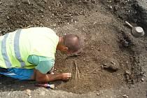 Archeologické nálezy v Církvici ukazují, že místo bylo velmi oblíbené a potvrzují osídlení již od eneolitu (4300-3900 př.n.l ).