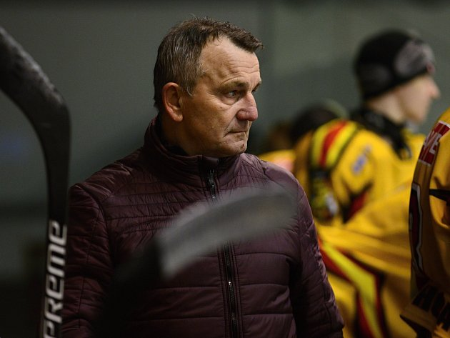 Trenér kutnohorských hokejistů Stanislav Bednář.